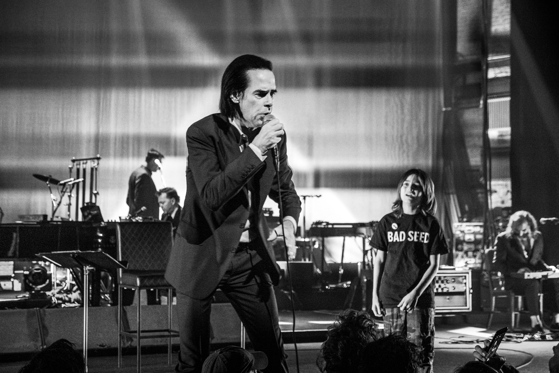 NickCave-BeaconTheatre6_14_2017-1200357.JPG
